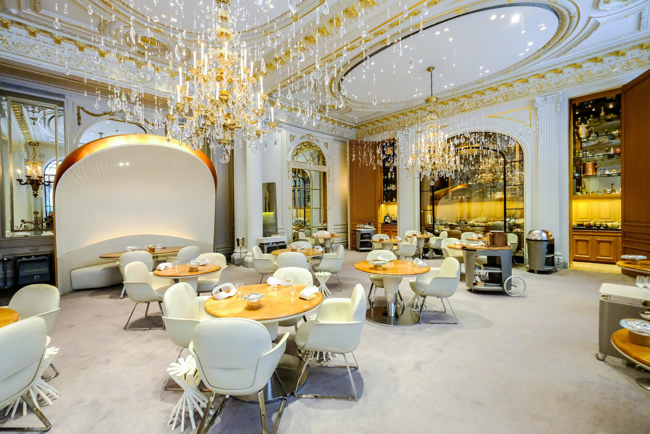 Alain Ducasse Au Plaza Athenee Restaurant Review Wbp Stars