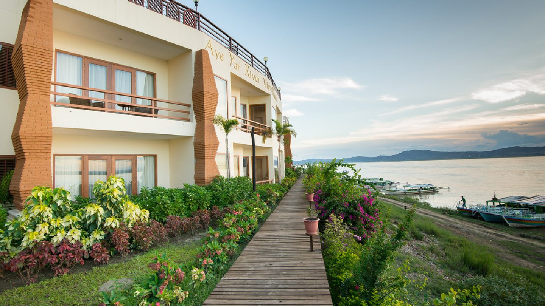 Review Hotel Aye Yar River View Resort