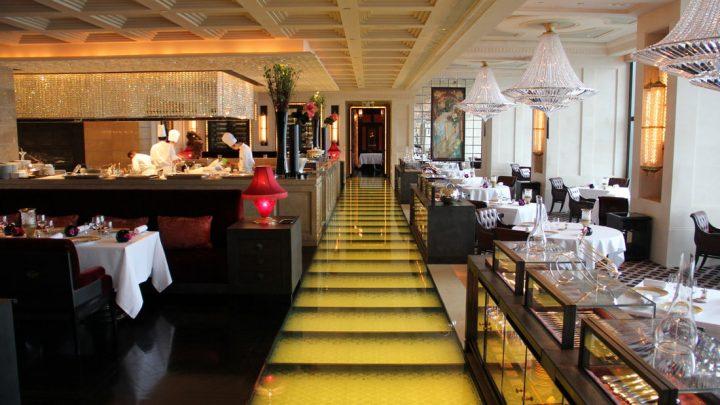 Review Restaurant Caprice