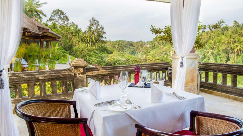 Review Restaurant Cascades