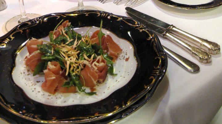 Review Restaurant Gundel Restaurant