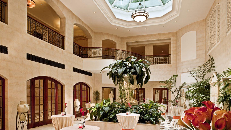 Review Hotel Hotel Adlon Kempinski