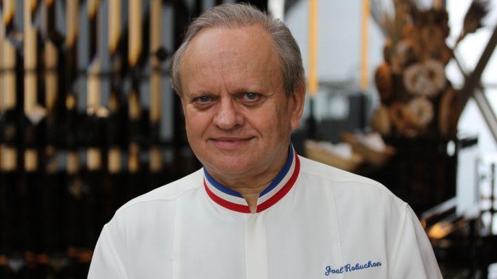 Review Restaurant Joël Robuchon