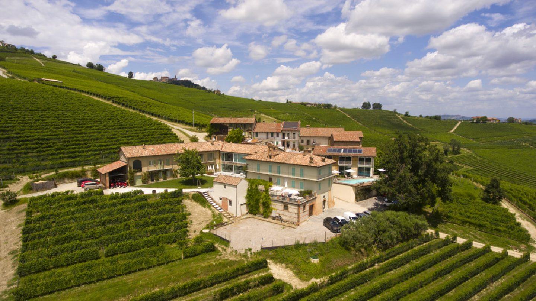 Review Winery Palás Cerequio – Barolo Cru Resort
