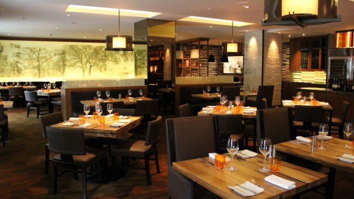 Review Restaurant Parallel 37