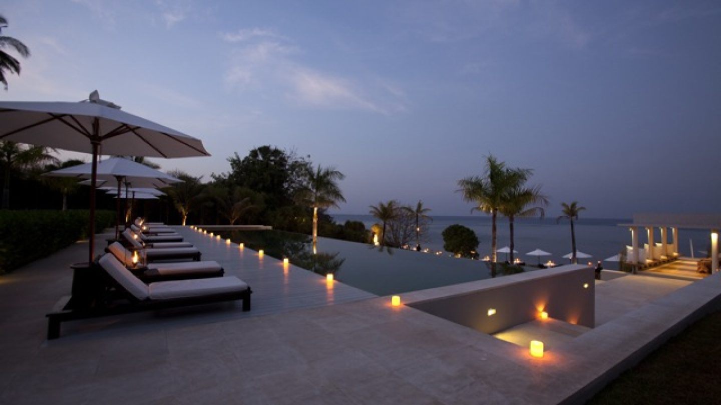 Review Hotel The Lombok Lodge