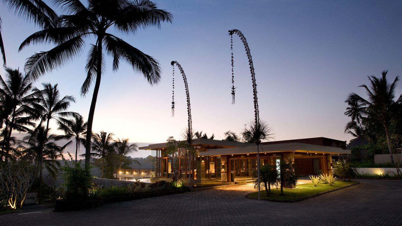Review Hotel The Samaya Bali